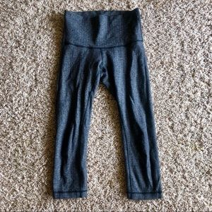 Lululemon Wunder Under Crop 6 in Herringbone